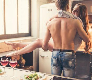 Sesso in cucina: le 5 posizioni migliori