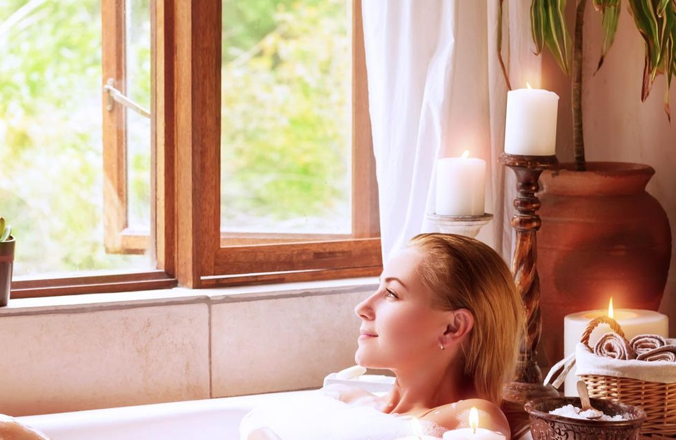 Schöner baden: Mit diesen Accessoires wird eure Wanne zur Wohlfühloase