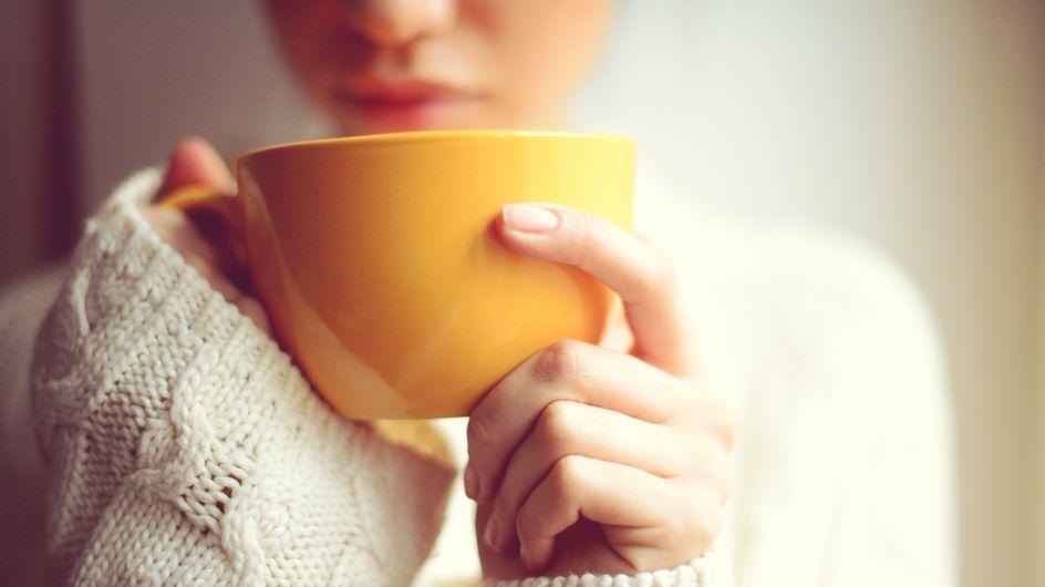 Bere acqua anche in inverno: 8 trucchi per stimolare la sete quando fa freddo!