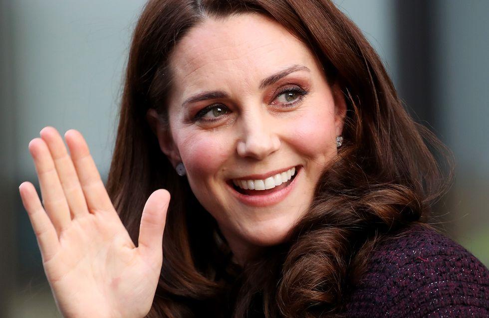 Kate Middleton prouve (encore une fois) que les vêtements de grossesse peuvent être stylés