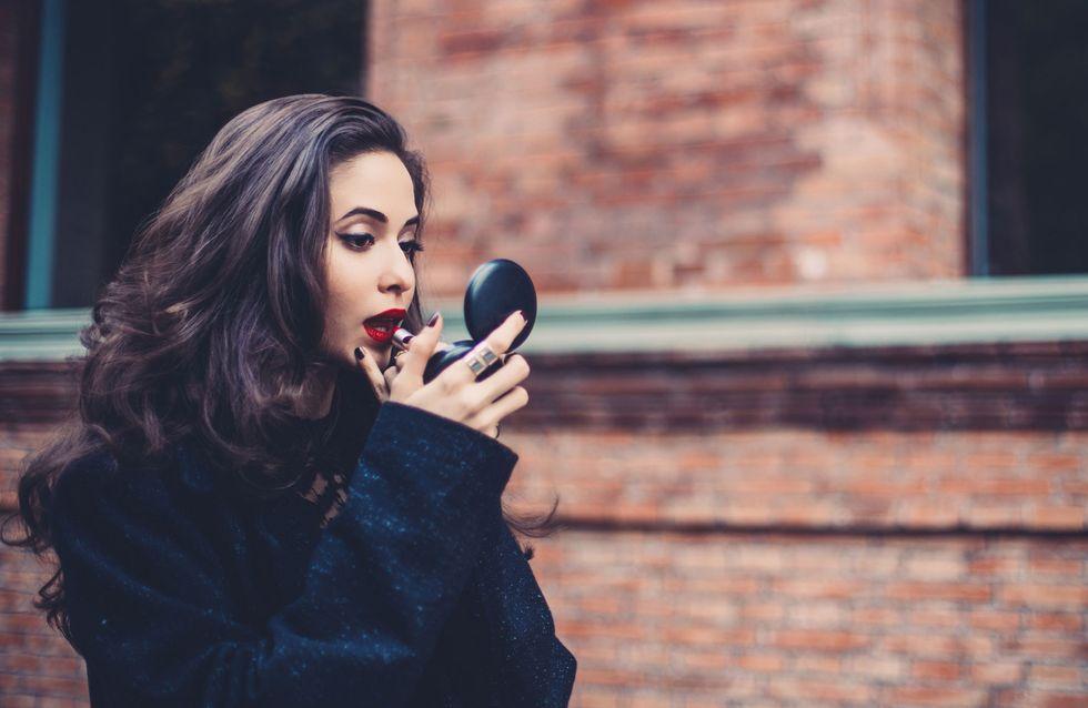 ¡Transforma tu maquillaje de día en uno de noche con solo tres productos!
