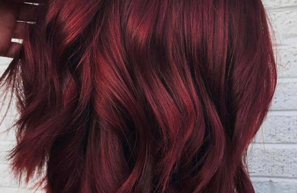 Capelli rosso vin brulé, la tendenza più cool per le amanti del rosso!