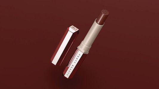 Le rouge à lèvres Fenty Beauty teinte PMS