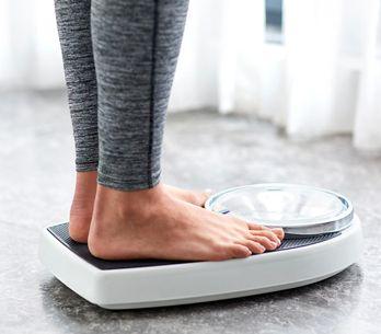 20 Kilo abnehmen: Mit diesen Tipps schaffst du es – dauerhaft!