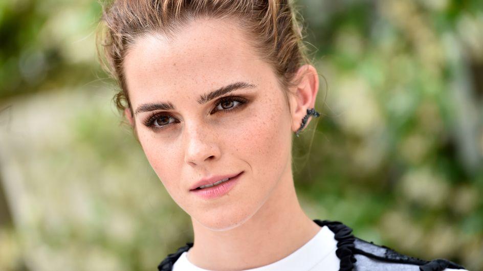 Emma Watson présente un livre et tout le monde ne parle que.... de ses cheveux (photos)