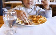 Schluss mit Kindergerichten! Darum ist es wichtig, dass Kinder essen wie die Gro