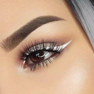 Eye-liner blanco