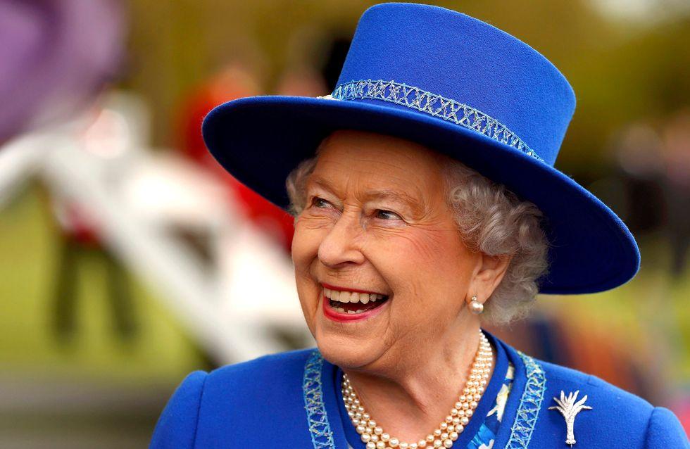 Elizabeth II renvoie son fournisseur de lingerie à cause de révélations indiscrètes