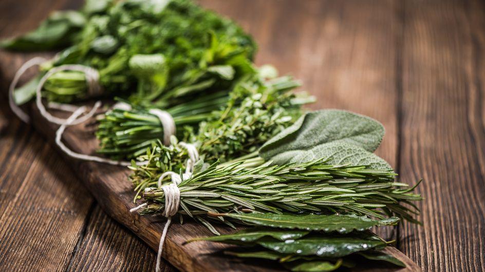 Argilla, patate, basilico, rosmarino: i rimedi della nonna che non falliscono mai!