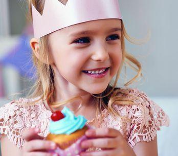 Angeber-Muffins für den Kindergeburtstag: 4 geniale Rezepte