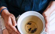 Schnaps & Co.: Diese Hausmittel machen krank, statt zu helfen