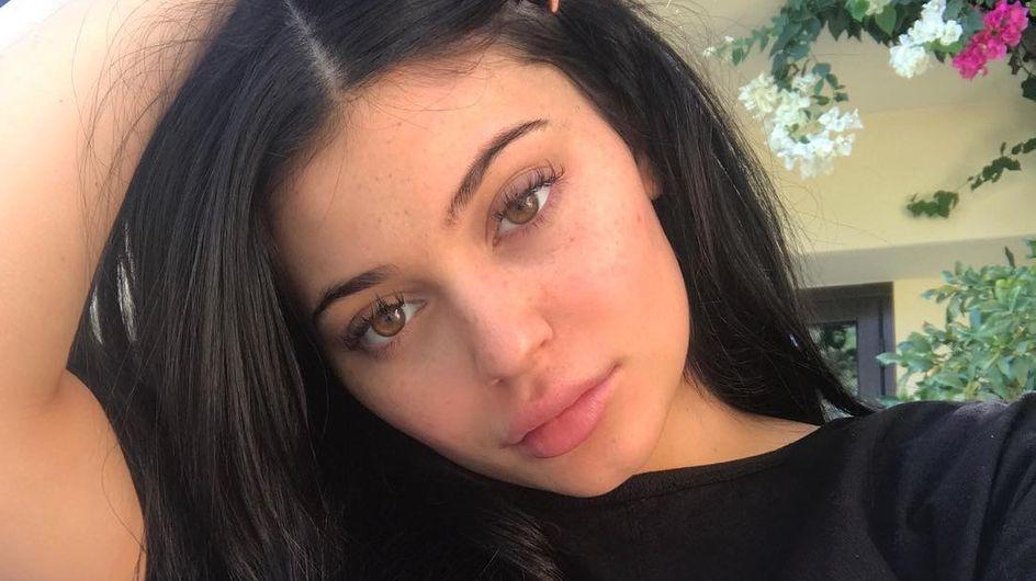 Kylie Jenner a accouché et dévoile sa grossesse et le sexe du bébé avec une vidéo touchante !
