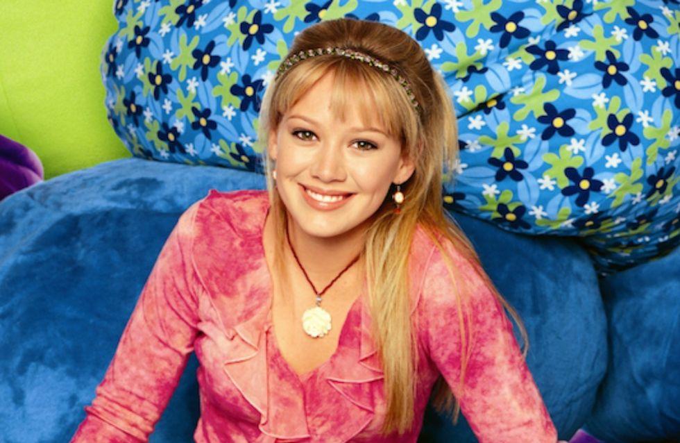 """Hilary Duff imagine des lunettes """"Lizzie McGuire"""", et elles sont CANON (Photos)"""