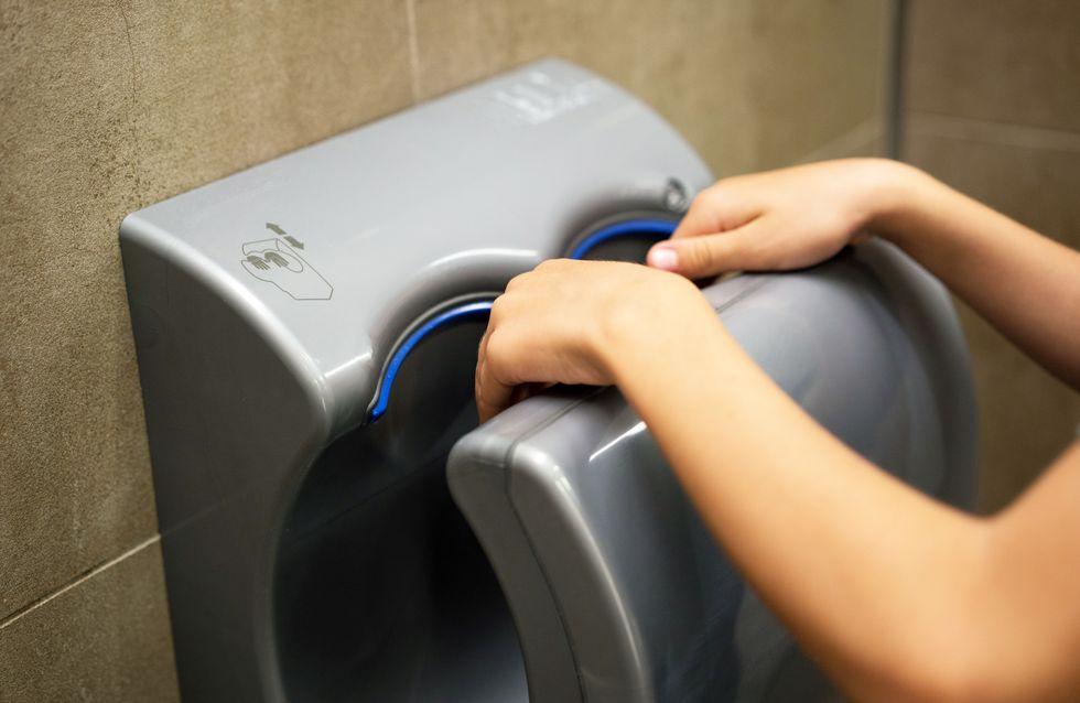 Après avoir vu cette photo, vous ne sécherez plus jamais vos mains dans cet appareil