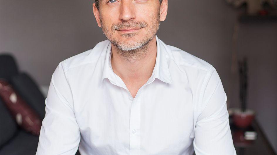 """""""Je dois énormément à aufeminin"""" Olivier Norek, écrivain, nous parle de son parcours (vidéo)"""
