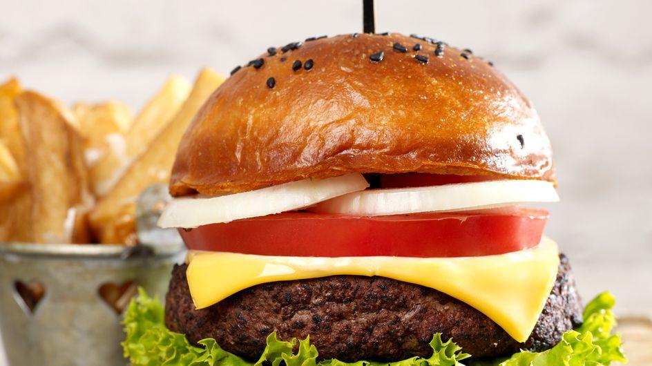 Remplacez vos frites par un second burger (c'est meilleur pour la santé)