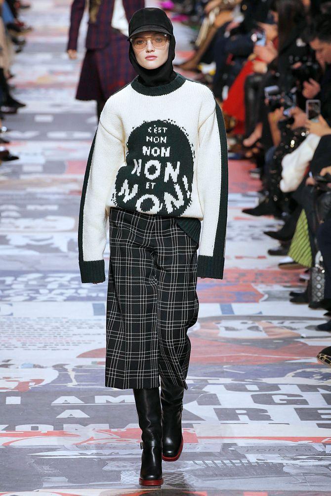 Dior s'engage et se fait remarquer avec un défilé féministe