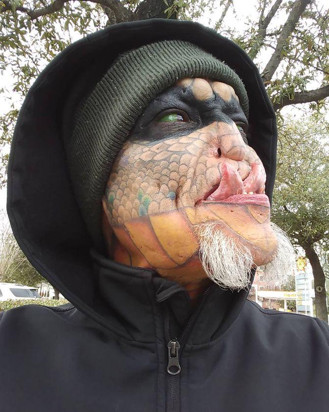 """Elle dépense 60 000 dollars pour devenir un """"dragon"""" (Photos)"""