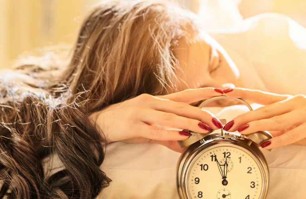 5 semplici acconciature da tenere di notte per svegliarsi con capelli perfetti!