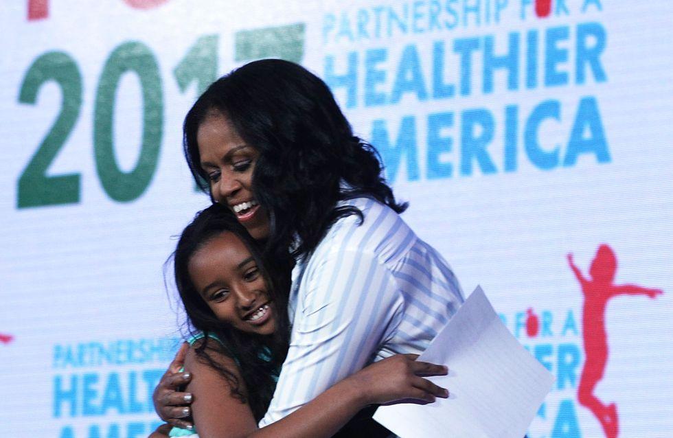 Adorable ! Michelle Obama danse avec une petite fille qui l'a prise pour une reine
