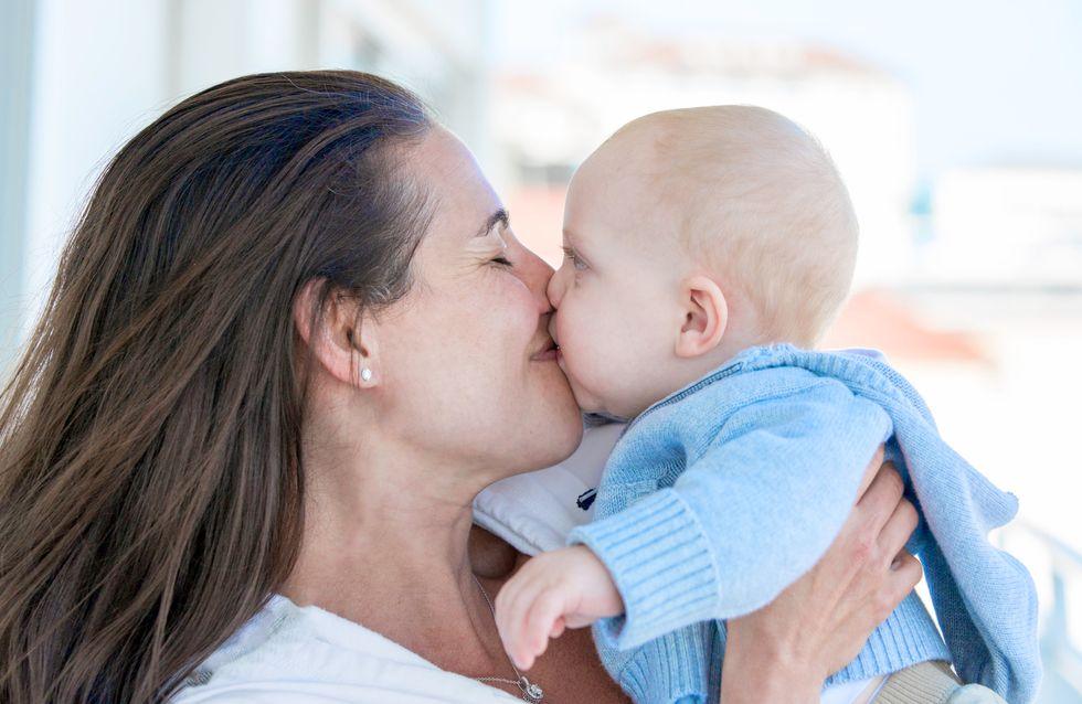 Embrasser son bébé sur la bouche est plus dangereux qu'on ne le croit