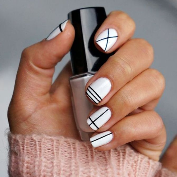 Uñas black and white