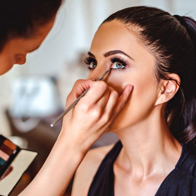 2dfd5fe0b Cómo maquillarse los ojos paso a paso