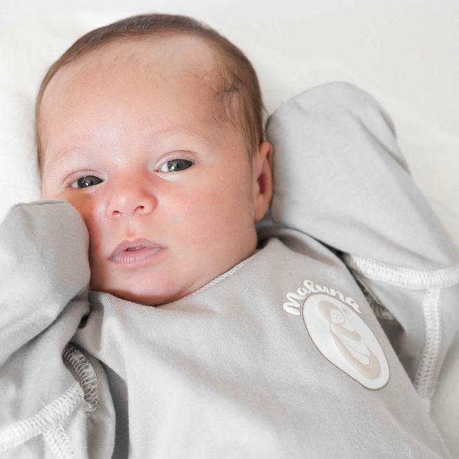 Bébé a la peau rouge... Qu'est-ce que c'est ? Comment réagir ?