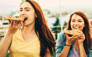 La donna che mangia è più felice, e il motivo è più profondo del previsto!