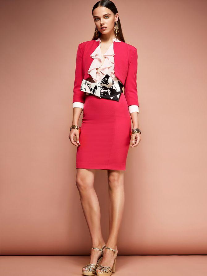 Tailleur rosso per aperitivo formale elegante