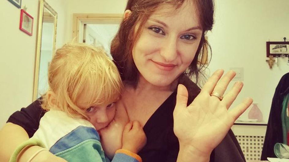 Jugée trop vieille pour allaiter, cette maman de 44 ans répond à ses détracteurs