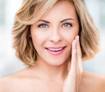 Cuidado facial: cómo eliminar las arrugas y manchas de la piel