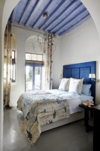 Les idées de décoration pour un plafond tendance : le plafond avec du bois