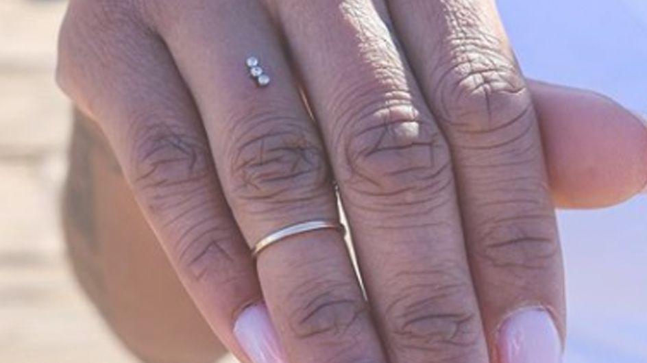 Basta anello! Cos'è il piercing di fidanzamento? La nuova moda che spopola