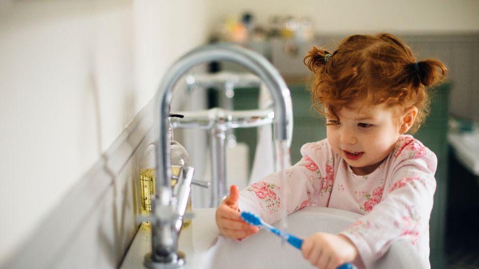 Cette petite fille souffre d'une maladie très rare, elle est allergique à l'eau (Photos)
