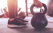 Die besten Kettlebell-Übungen: Ganzkörpertraining mit der Power-Kugel