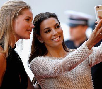 Mauvaise nouvelle, les selfies provoqueraient des rides