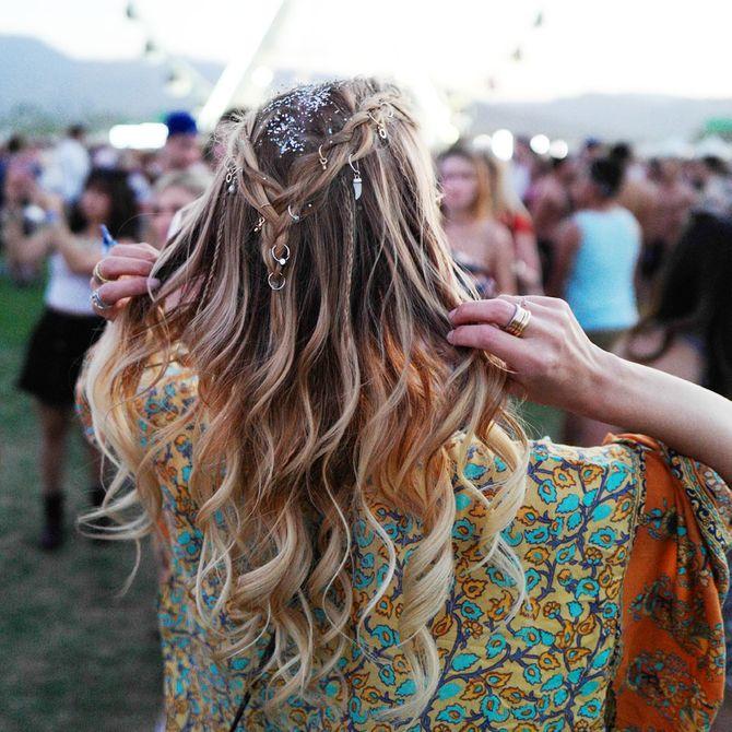Beach Waves als umwerfend schöne Festival-Frisur