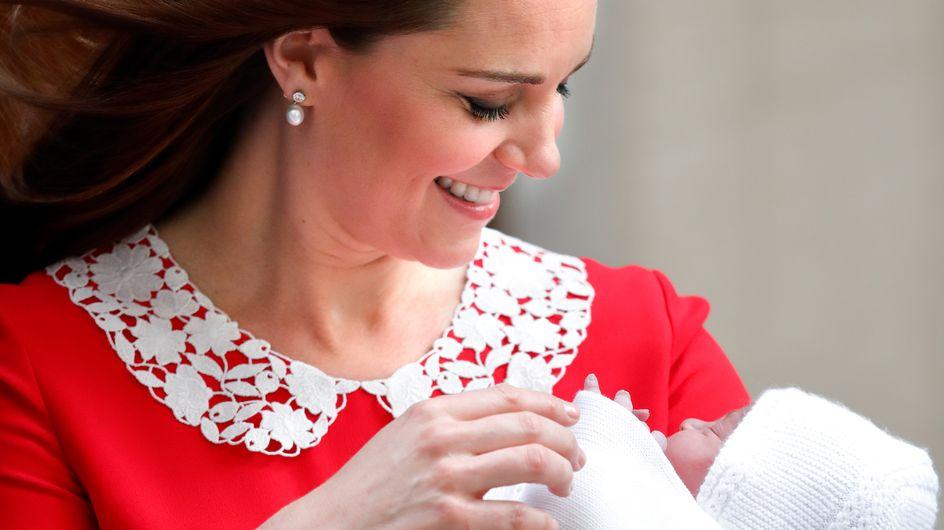 Kate Middleton et le prince William dévoilent les premières photos officielles du prince Louis !