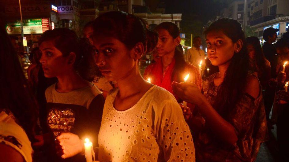 L'Inde sous le choc après le viol et le meurtre par le feu d'une adolescente de 16 ans
