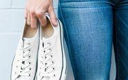 Weiße Turnschuhe reinigen: Geniale Tricks für Sneaker wie neu