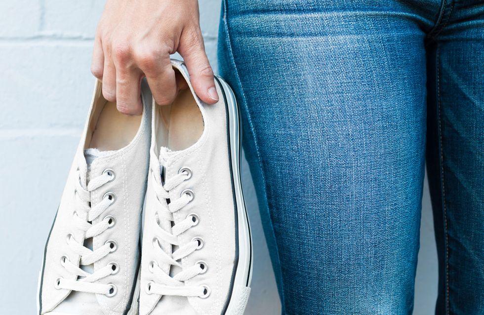 Strahlend schön: 5 Pflege Tipps für weiße Sneakers | STYLEBOOK