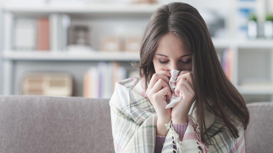 Cette femme découvre que son nez coule à cause d'une fuite du fluide de son cerveau