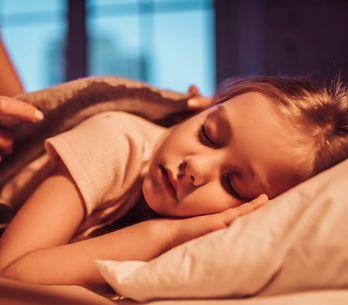¿Por qué es importante que los niños tengan una rutina para dormir?