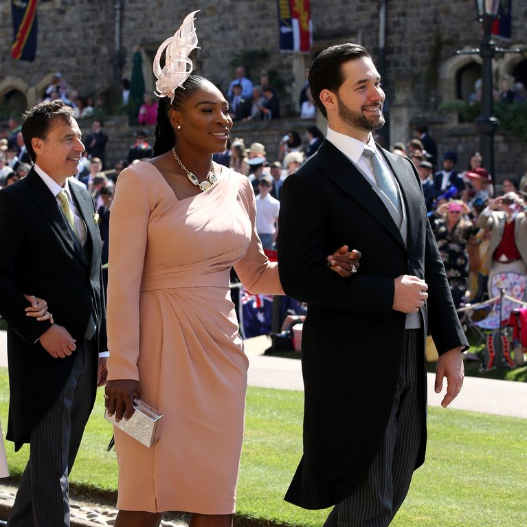 Serena Williams ose les baskets pour le mariage du prince Harry et Meghan  Markle (photos)