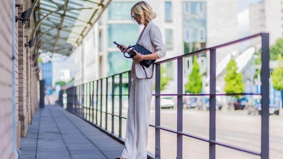 Diese 3 Trendfarben tragen stylische Frauen im Herbst