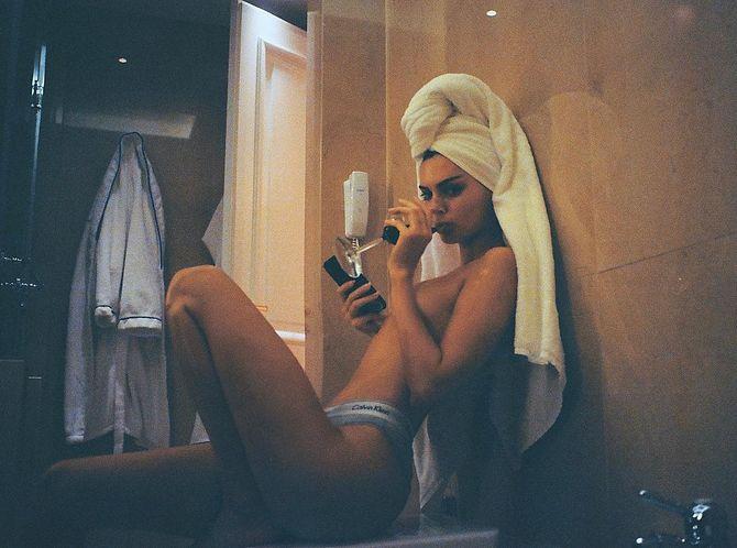 Kendall Jenner, accusée d'avoir abusé de Photoshop sur cette photo