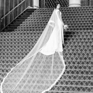 Réplique de la robe de Meghan Markle par Floravere