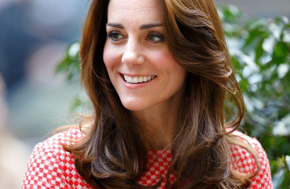 Kate Middleton s'offre une robe Zara à moins de 50€ et tout le monde se l'arrache