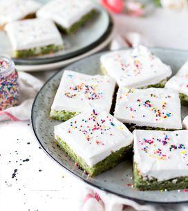 Schneller Kuchengenuss: Das sind die 3 leckersten Blechkuchen-Rezepte!
